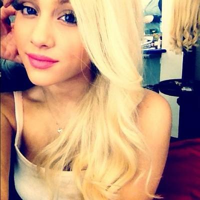 Ariana Grande. blonde. 0.0